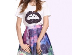 White Sequin Lip Short Sleeve T-shirt With Scene Print Skater Skirt Choies.com online fashion store United Kingdom Europe