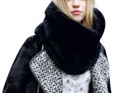 Faux Fur Scarf in Black Chicnova online fashion store China