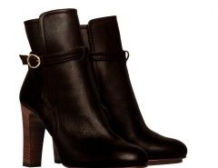 Black leather ankle boots with buckles De Siena - Alexandra Carnet de Mode online fashion store Europe France