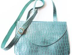 Clutch - metallic leather - lagoon green Carnet de Mode online fashion store Europe France