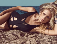 Cutout Lace Detailed Black One-Piece Swimsuit - Robyn Carnet de Mode online fashion store Europe France