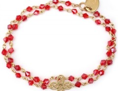 Gold Plated Bracelet with Shamrock Charm and Red Pearls Estelle Carnet de Mode online fashion store Europe France