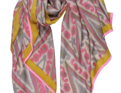 Ikkat Printed Cashmere Pashmina 2 Carnet de Mode online fashion store Europe France
