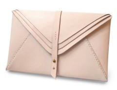 Nude Leather Multi-Envelope Clutch Carnet de Mode online fashion store Europe France