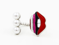 Red Open Lip And Jewel Twist Ring Choies.com online fashion store United Kingdom Europe
