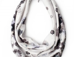 Scarf - Diamonds and Daisies Ice Blue Carnet de Mode online fashion store Europe France
