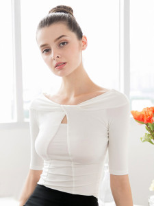 White Off Shoulder Cut Out Front Half Sleeve Ruched T-shirt Choies.com online fashion store United Kingdom Europe