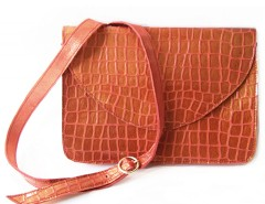 clutch - metallic leather - red Carnet de Mode online fashion store Europe France